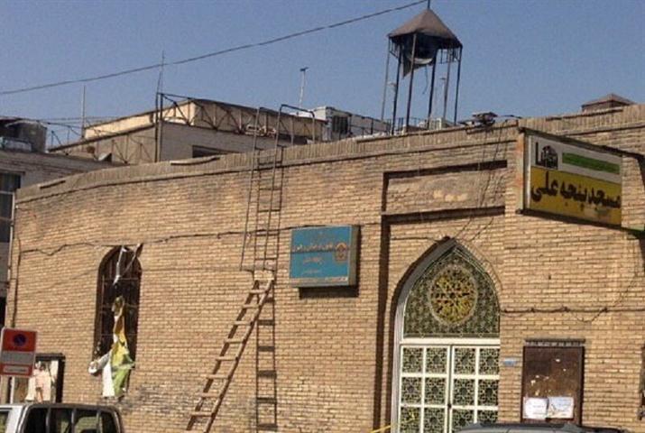 شروع پروژه سامان دهی و مرمت مسجد تاریخی پنجه علی در قزوین