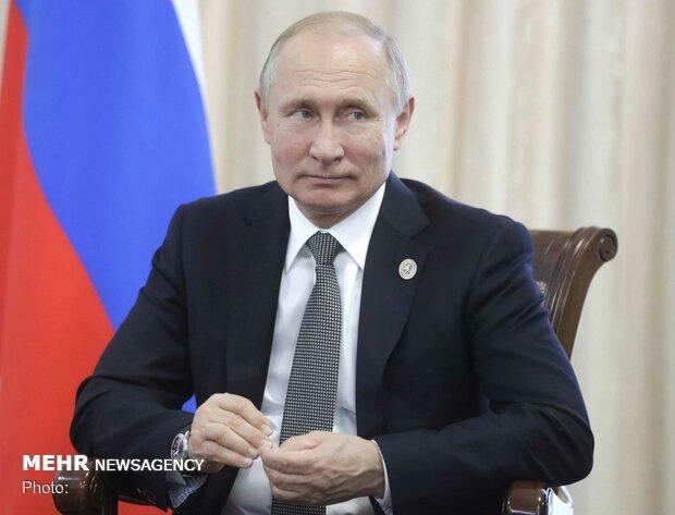 پوتین فرمان واکنش متقارن به اقدامات موشکی آمریکا را صادر کرد