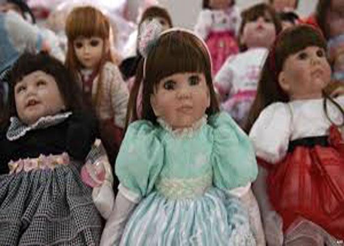 هواپیمایی لبخند تایلند به عروسک ها جایگاه می فروشند
