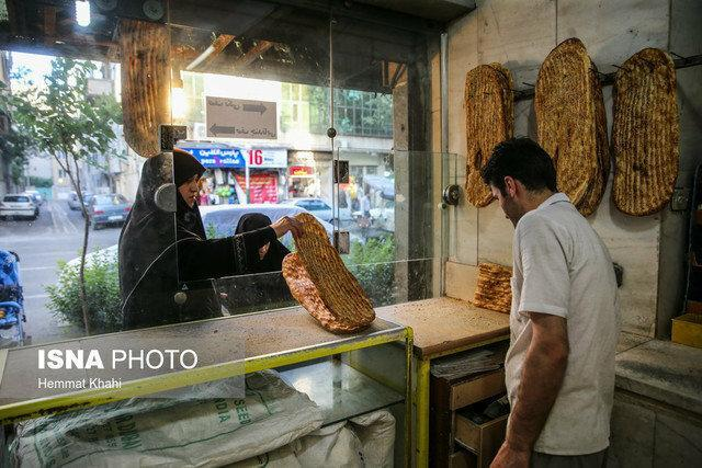 افزایش قیمت های غیررسمی نان در کرمان قانونی شد، برخورد با گران فروشان