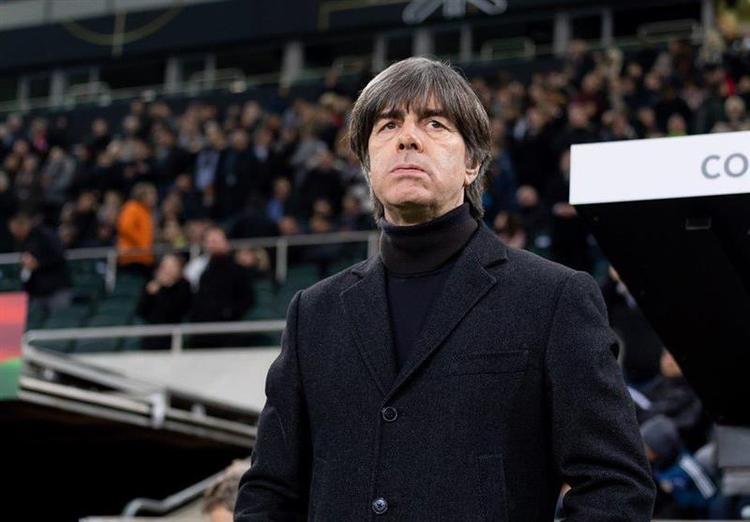 سرمربی تیم ملی آلمان از حضور در ورزشگاه ها محروم شد