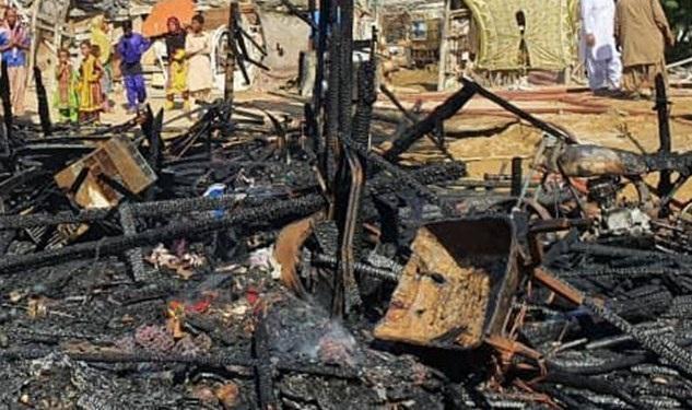 آتش سوزی در محله کپری جنگلوک چابهار خسارت جانی نداشته است