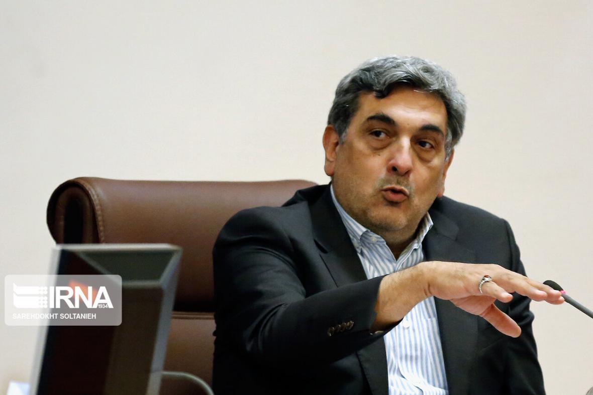 خبرنگاران شهردار تهران: اخطار دادن برای شرایط ساختمان های ناایمن کافی نیست