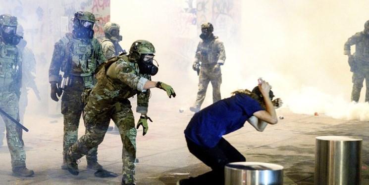 طرح اتهام علیه 18 معترض بازداشت شده در تظاهرات پورتلند آمریکا