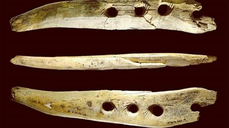 کشف ابزار باستانی از عصر سنگ
