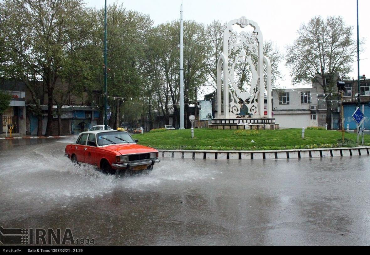 خبرنگاران شهرداری کنگاور برای مقابله با آبگرفتگی معابر آمادگی دارد