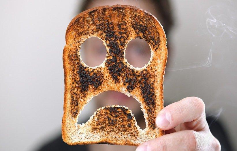 خطرات مصرف غذای سوخته برای سلامتی بدن و تاثیر آن در ابتلا به سرطان