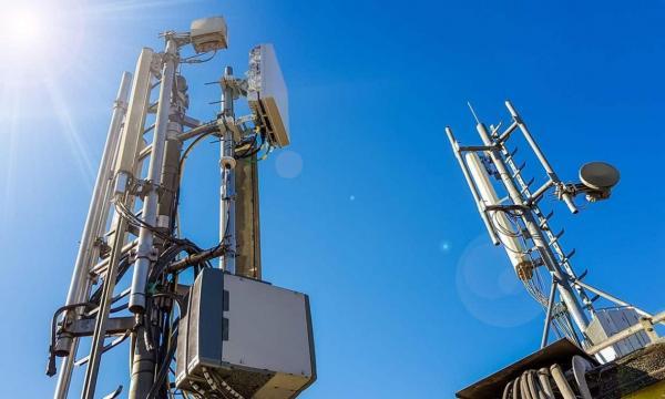 بیش از 150 ایستگاه اینترنت 5G به دلیل گسترش تئوری های توطئه تخریب شده اند