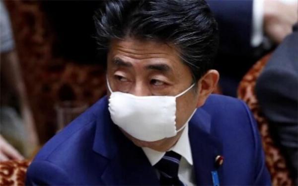 شینزو آبه از مردم ژاپن عذرخواهی کرد