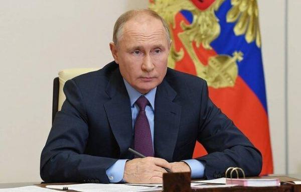 پوتین سال 2020 را با قوانین جدید مربوط به سرکوب آزادی های فردی و مطبوعاتی به خاتمه رساند