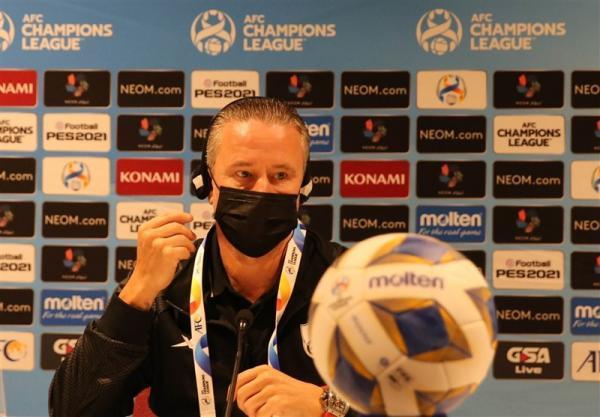 سرمربی الاهلی: داور به استقلال یاری کرد، باید به بازیکنان مان اعتمادبه نفس بدهیم