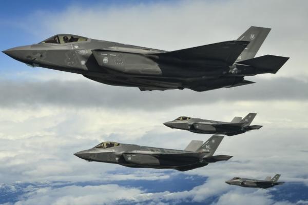 سامانه موشکی S - 500 قاتل جنگنده F - 35 و F - 22 آمریکا است